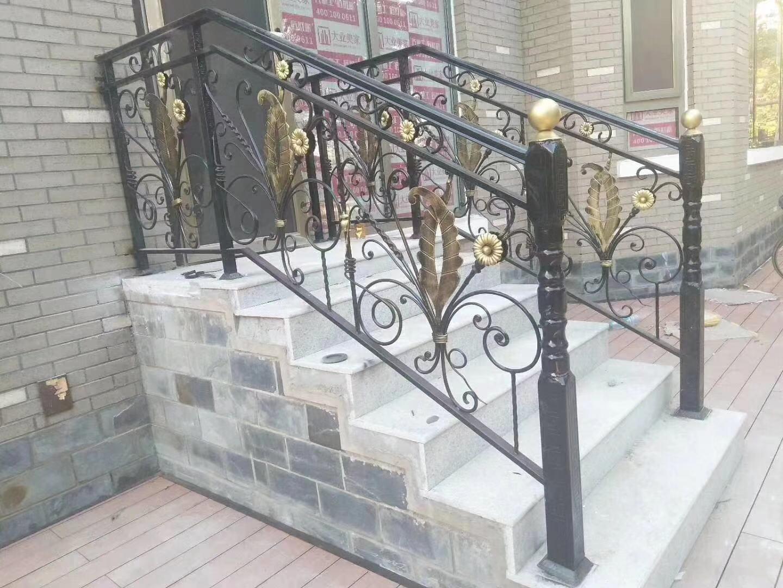 豪华铁艺楼梯